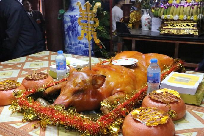 """Độc đáo nghi lễ rước """"cụ sống"""" ở Quảng Ninh - Ảnh 8."""