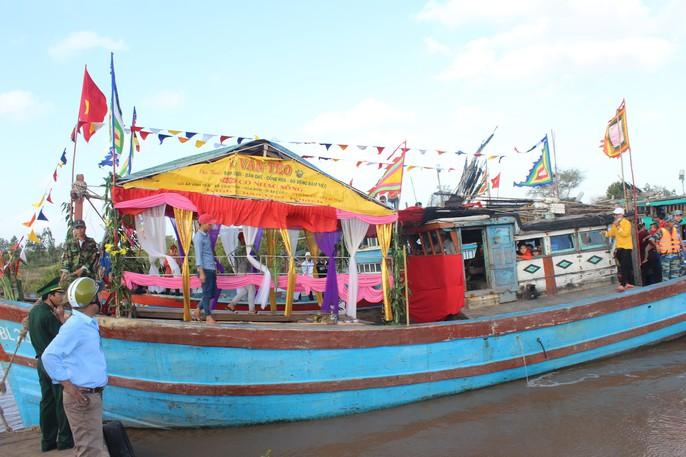Lễ hội Nghinh Ông ở Bạc Liêu rút kinh nghiệm từ vụ chìm tàu khiến 3 người chết - Ảnh 4.