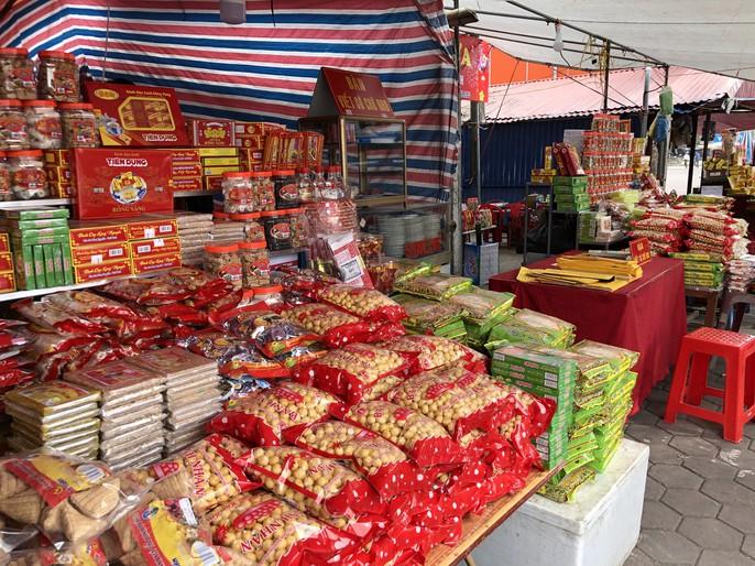 Kiểm tra an toàn thực phẩm tại đền Trần trước lễ khai ấn - Ảnh 19.