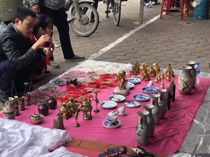 Kiểm tra an toàn thực phẩm tại đền Trần trước lễ khai ấn - Ảnh 25.
