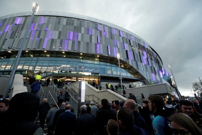 Cận cảnh sân mới trị giá hơn 1 tỉ bảng Anh của Tottenham - Ảnh 7.