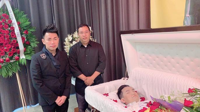Xúc động tang lễ của nghệ sĩ Anh Vũ tại Mỹ - Ảnh 9.
