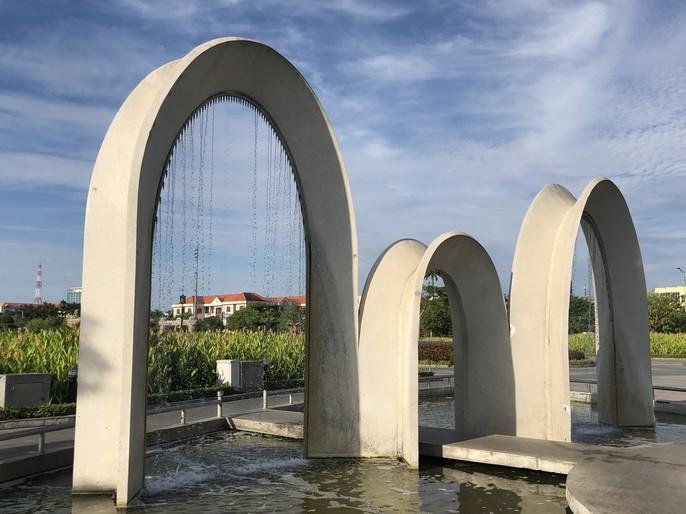 Chiêm ngưỡng những công trình kỷ lục Việt Nam tại quảng trường lớn nhất ĐBSCL - Ảnh 15.