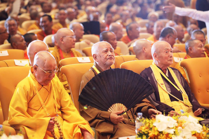 Thủ tướng: Suy nghiệm lời Phật dạy để kiến tạo xã hội tốt đẹp hơn - Ảnh 9.