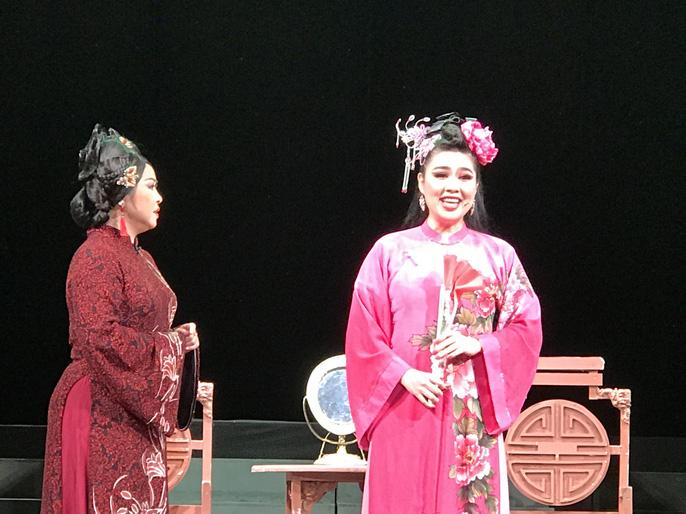 Trinh Trinh, Quế Trân, Lê Khánh khoác áo mới cho Tiên Nga - Ảnh 3.