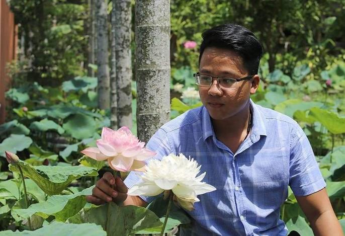 Độc và lạ về giống sen nở hàng trăm cánh tuyệt đẹp ở Quảng Nam - Ảnh 5.