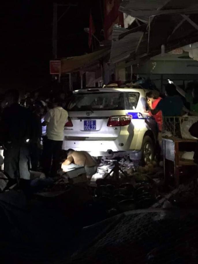 Xe CSGT tông vào tiệm vàng, 1 người tử vong - Ảnh 3.