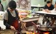 """Street Food: Asian"": Gợi nhiều cảm xúc"