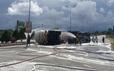 Lật xe bồn chở 20 tấn gas trên cầu vượt, sẵn sàng di tản dân trong bán kính 100m