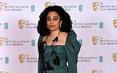 """Những bộ đầm """"thảm họa"""" tại thảm đỏ """"Oscar nước Anh"""" BAFTA 2021"""