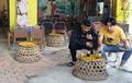 Quán cà phê dùng bu gà làm bàn cho khách ở Quảng Ngãi