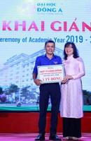 mg3736 15681008420881081907378 - 10 tỉ đồng học bổng khuyến tài và khuyến học cho tân sinh viên ĐH Đông Á