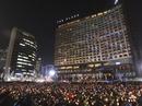 Hàng trăm nghìn người Hàn Quốc đi biểu tình