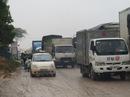 2 xe tải chết máy, chen lấn khiến quốc lộ 1A ách tắc 30 km