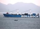Tàu ngầm Kilo về đến Cam Ranh