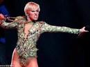Dọa tự tử nếu không gặp được Miley Cyrus
