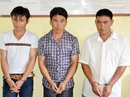 Nhờ dân giúp đỡ, 2 thiếu nữ bắt 3 kẻ buôn người