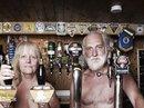 Ngôi làng khỏa thân ở nước Anh