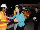Chủ tịch HĐND TP HCM chúc Tết công nhân xử lý rác