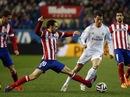 Ronaldo tỏa sáng, Atletico Madrid chính thức thành cựu vô địch