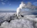 Nhật Bản: Núi lửa phun trào, ít nhất 40 người bị thương