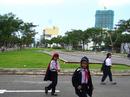 Lấy công viên làm bãi xe: Dân phản ứng