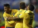 Neymar tỏa sáng, Brazil lên ngôi đầu bảng