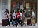 Xấu hổ khách Việt ăn cắp ở nước ngoài