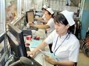 """Quản lý bệnh viện """"bằng tay""""!"""
