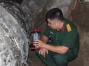 Trục vớt vật thể lạ nghi là đuôi máy bay Su-22