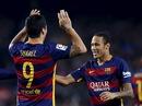 Suarez lập hat-trick, Barcelona bám sát ngôi đầu La Liga