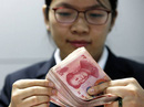 """Bắc Kinh """"kiểm tra sức chịu đựng"""" của thị trường tiền tệ"""