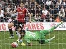 """Swansea lại gây sốc, M.U gục ngã tại """"đất dữ"""" Liberty"""