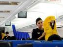 Hành khách liên tiếp xé áo phao trên máy bay Vietnam Airlines