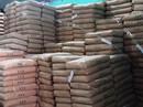 Tạm giữ cả trăm tấn bột mì hết hạn sử dụng