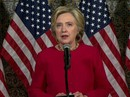 """Bà Clinton tố ông Trump """"đi đêm"""" với Trung Quốc"""