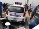 Tài xế taxi tự đâm vào mình rồi nhảy cầu Nhật Tân tự tử