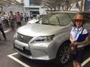 Đi chợ ô tô kiểu Mỹ giữa Sài Gòn