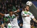 Clip hậu vệ Wolfsburg gãy răng sau đòn hiểm của Toni Kroos