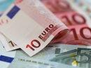 Thị trường ngoại tệ biến động: USD tăng, đồng Euro rơi thẳng đứng
