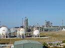 Chưa cho Dung Quất xuất khẩu xăng dầu