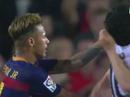 Thua trận, Neymar cay cú tát đối thủ