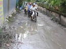 Ngán ngẩm con đường lầy lội