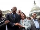 Tiếng hát và bánh Donut trong cuộc biểu tình ngồi ở Hạ viện Mỹ