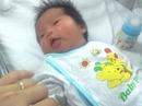 """Mẹ """"biệt tích"""" bỏ lại bé sơ sinh 2 ngày tuổi tại bệnh viện"""