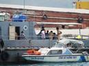 Tàu du lịch va chạm, 1 chiếc chìm xuống biển
