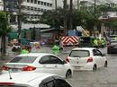 """Bangkok """"ướt sũng"""" vì mưa lớn"""