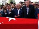 """Bắt trợ lý hàng đầu, Tổng thống Thổ Nhĩ Kỳ quyết diệt """"virus"""" đảo chính"""