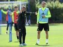 Ngày đầu tiên của HLV Conte tại Stamford Bridge
