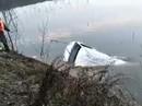 Xe buýt lao xuống hồ, 18 người chết